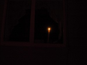 candela alla finestra